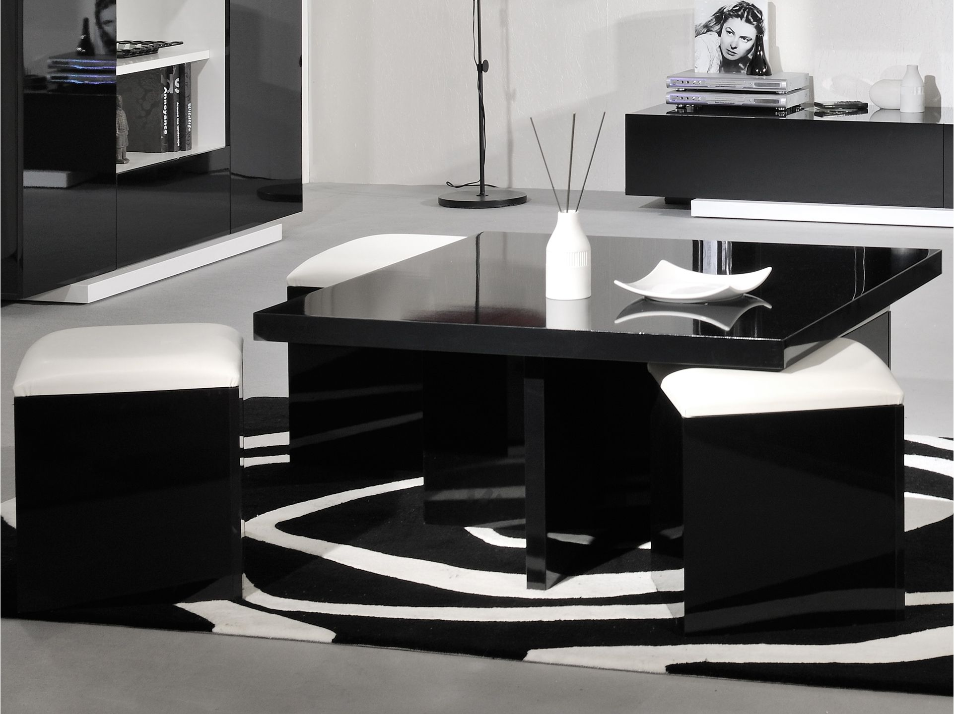 ma table basse. Black Bedroom Furniture Sets. Home Design Ideas